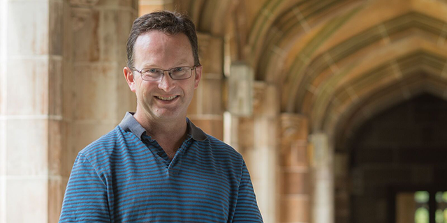 photo of Professor Andrew Allen